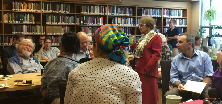 Agnes Heller in a vibrant discussion with students and faculty of the Philosophy Department.